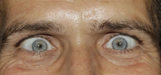eyes-421781_1920.jpg